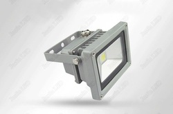 12V AC/DC 10W Warm White LED Flood Light High Power Waterproof floodlight Outdoor 12V Lights IP65 red blue green yellow 2pcs/lot(China (Mainland))