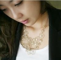 Promotion Gold Flower Camellia Bohemia Necklace Sweater Chain Fashion Pendant