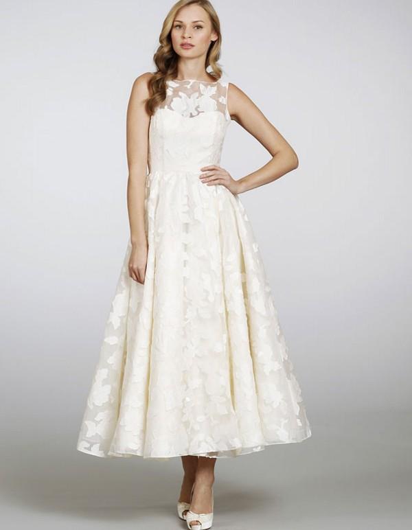 2013 Sexy Bateau Neckline And Circular Skirt Lace Ankle Length Short Wedding Dress Beach Bride