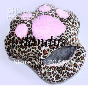 Cute cute cat paw prints Plush USB Foot Warmer Shoes Electric Heat Slipper pink/beige/leopard color(China (Mainland))