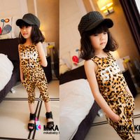 Free shipping  Leopard Printing Cotton Grils waistcoat children  clothing  suit and capri for children set 5 sets/lot