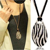 1pcs 2014 hot fashion boutique necklace star elegant black and white zebra print long necklace A0114