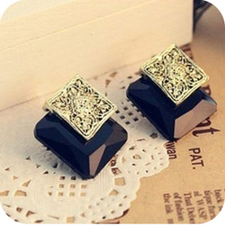 0280 Min order is $8 ( mix order ) Fashion Jewellery Vintage Exaggerated Black Imitation Gemstone Square Stud Earrings(China (Mainland))