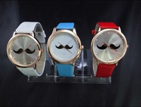 Popular vintage gold watches fashion personality male women's lovers table student table