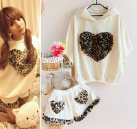 Hera leopard print with a love heart hood sweatshirt shorts sports set female batwing sleeve