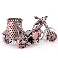 free shipping Cool Metal Motorcycle model Pot Pen Holder Brush Desktop Container Cup Crafts for home decoration XZY0035A2