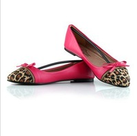 2013 NEW  Retro Pointed  3 color Leopard bow mixed colors hit the color Large size Flat shoes size 35-41
