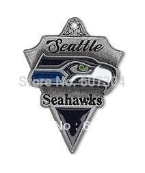 10Pcs/Lot Zinc Alloy Antique Sivler Plated Retro Rugby Team Logo Enamel Seattle Seahawks Charms Jewelry For DIY