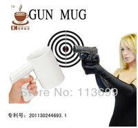 2pcs/lot =Black+White cheap Creative personalized ceramic Pistol mug Coffee Mug targeting GUN tea cup 300ml Free Shipping Z009