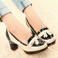 Japanese rural wind and fresh paint round head spell color thick with small single  heel designer shoes