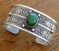 wholesale Cheap bracelets >Lovely Noblest Jewelry Tibet SIlver totem & Green Jade Cuff women's Bracelet ##193