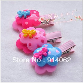 FREE shipping Wholesale girl's hair barrettes 3 colors assorted 30 pcs/lot lovely flower  hair ornaments random shipment
