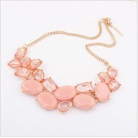 2013 the latest fashionable gem clavicle short chain necklace