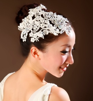 2013 Wedding Lace Crystal Hair Accessories Bridal Rhinestone Flower Headband Tiara Crown Fashion Party Jewelry For WomanWIGO0128