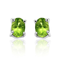 Natural peridot stud earring