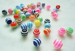 Free shipment 2013 new design beads size 6mm round striped resin beads loose mixed color,500pcs/lot!(China (Mainland))