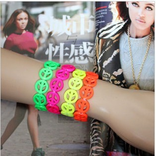 Hot peace mark rubber bracelet the cheapest Fashion Bracelets color mixing free shipping(China (Mainland))