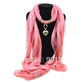 Wholesale Pendant Scarf Jewelry Scarves Fashion Scarfs Pendants Gold Peach Heart Pattern Accessorie