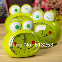 Creative Cartoon Alarm Clock / Lovely Frog Voice Alarm Clock / Desktop Decoration / Desk Clock .  ID:A0109084