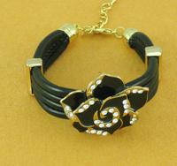 New Designer Fashion Chic Crystal Gold Plated Rose Flower Multilayer Leather Charm Bracelet for Women