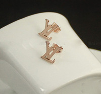 Free shipping ~ new design earring creative stud earrings earrings letter mini alloy earrings