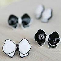 Min Order 12$ 2013 new, vintage black & white bowtie enamel stud earrings, fashion earring ES0250
