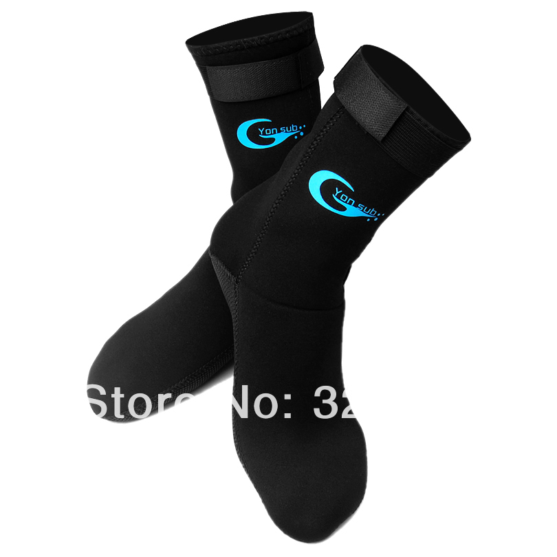 3mm neoprene swimming socks,diving socks,neoprene socks with the magic stick,socks for winter swimming,warm,anti-slip(China (Mainland))