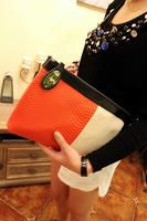 2013 new European and American classic hit high-end color serpentine clutch bag shoulder bag Messenger bag handbag Clutch