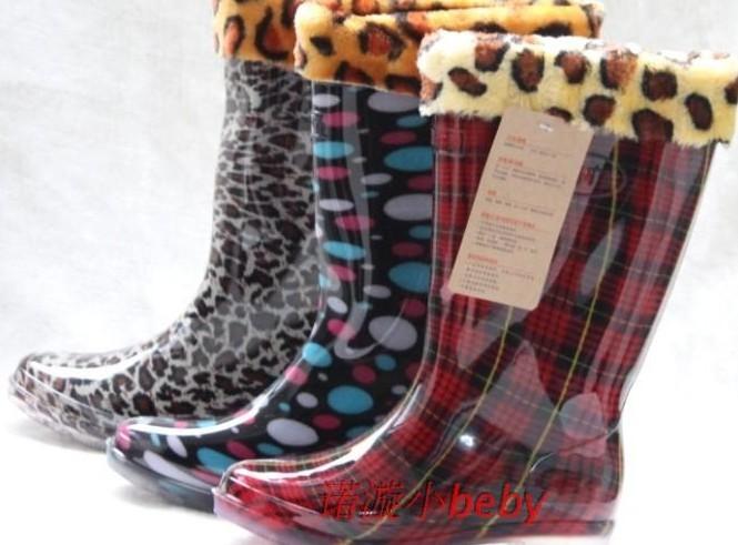 http://i00.i.aliimg.com/wsphoto/v0/917334134/Leopard-print-2012-female-long-barreled-waterproof-shoes-rainboots-transparent-jelly-shoes-rain-shoes.jpg