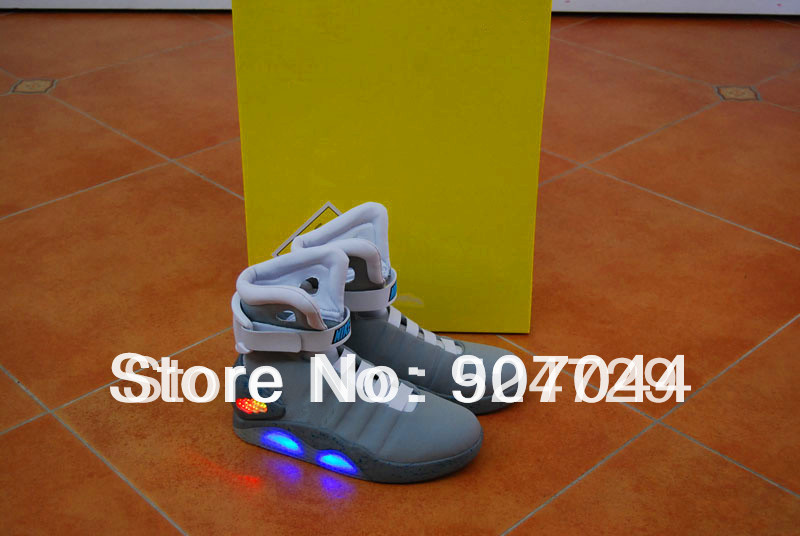 Free EMS Free Shipping Wholesale Famous Trainers Mag Back To The Future 2012 Men's Basketball Shoes 2011 Mag limited edition(China (Mainland))