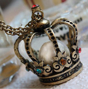 Free Shipping Fashion Crystal Bead Rhinestone Big Crown Necklace Jewelry(China (Mainland))