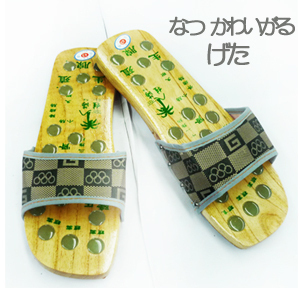 2013 foot wrapping clogs wooden slippers japanese style lovers design health care massage clogs shoes free shipping(China (Mainland))