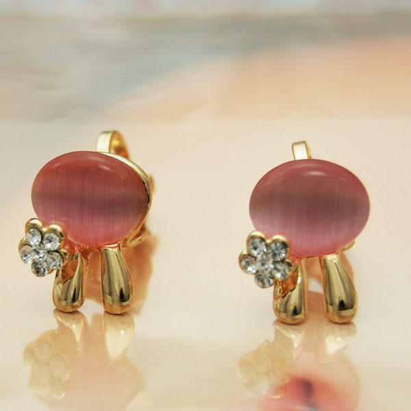 2013 New Fashion Cute Opal rabbit earrings with rhinestones wholesale for FREE SHIPPING(China (Mainland))