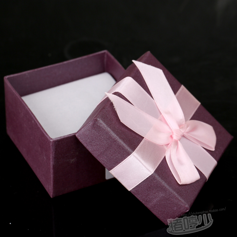 Pig humph less gift box square gift box pearl bow gift box small measurement(China (Mainland))