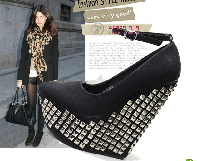 New arrival 2012 women&#39;s fashion sexy shoes rivet button cap toe wedges single shoes covering platform high-heeled shoes(China (Mainland))