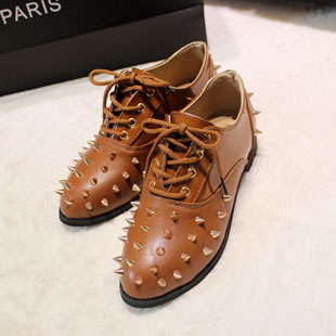 2013  fashion shoes rivet  punk lacing womans leather shoes punk fashion  flat heel flat female shoes
