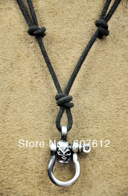 PN39 Cool Mens Surfer Beach Genuine Black Leather Choker Necklace Special Skull(China (Mainland))