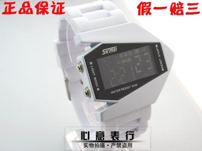 Fashion waterproof sports electronic watch lovers led watch table(China (Mainland))
