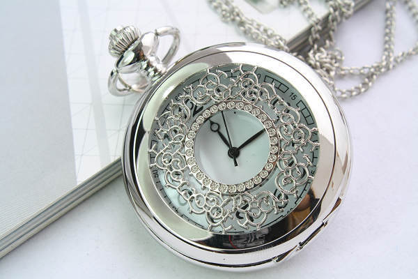 of silver-white high-end business gifts watch new models listed factory direct 142946(China (Mainland))