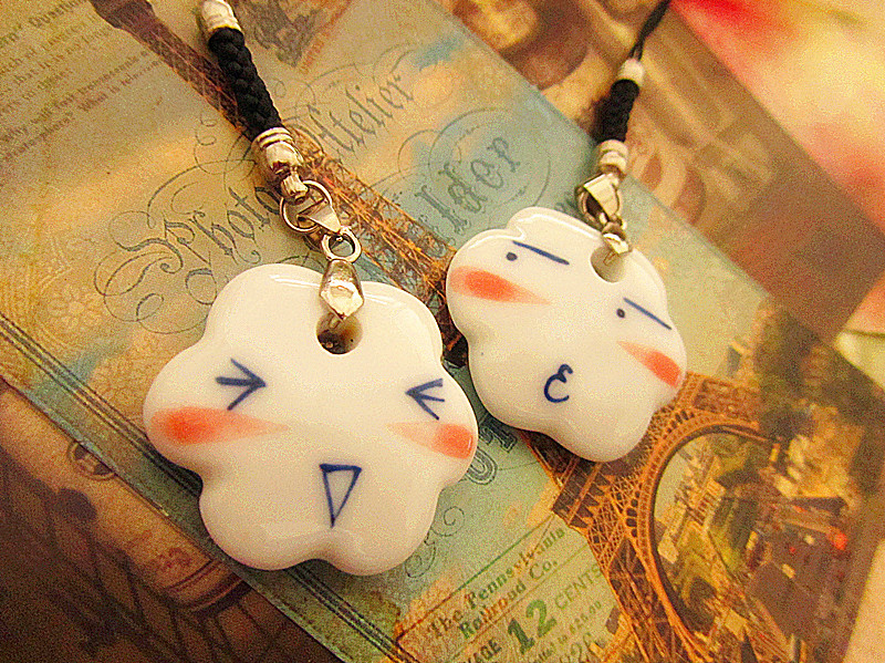 Gift clouds lovers mobile phone chain mobile phone pendant bags pendant accessories(China (Mainland))