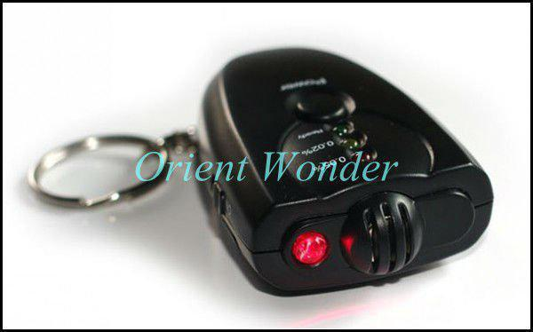 Freeshipping LED Keychain alcohol tester portable Breathalyzer Alcohol Detector with flashlight, bre(China (Mainland))