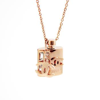 Designer jewelry crystal perfume bottle pendant titanium pendant designer necklace girls