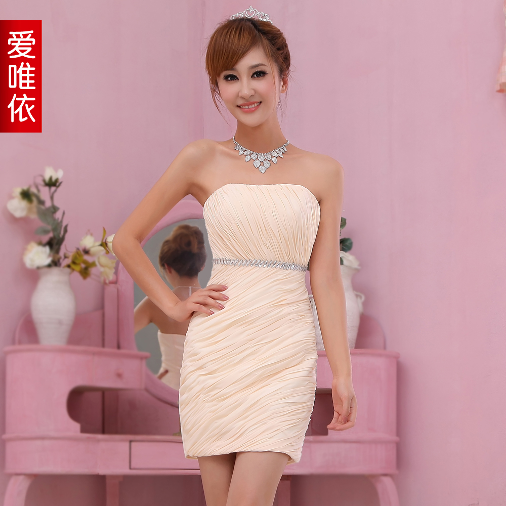 Love bride short skirt 2013 tube top slim champagne color fashion bridesmaid dress(China (Mainland))
