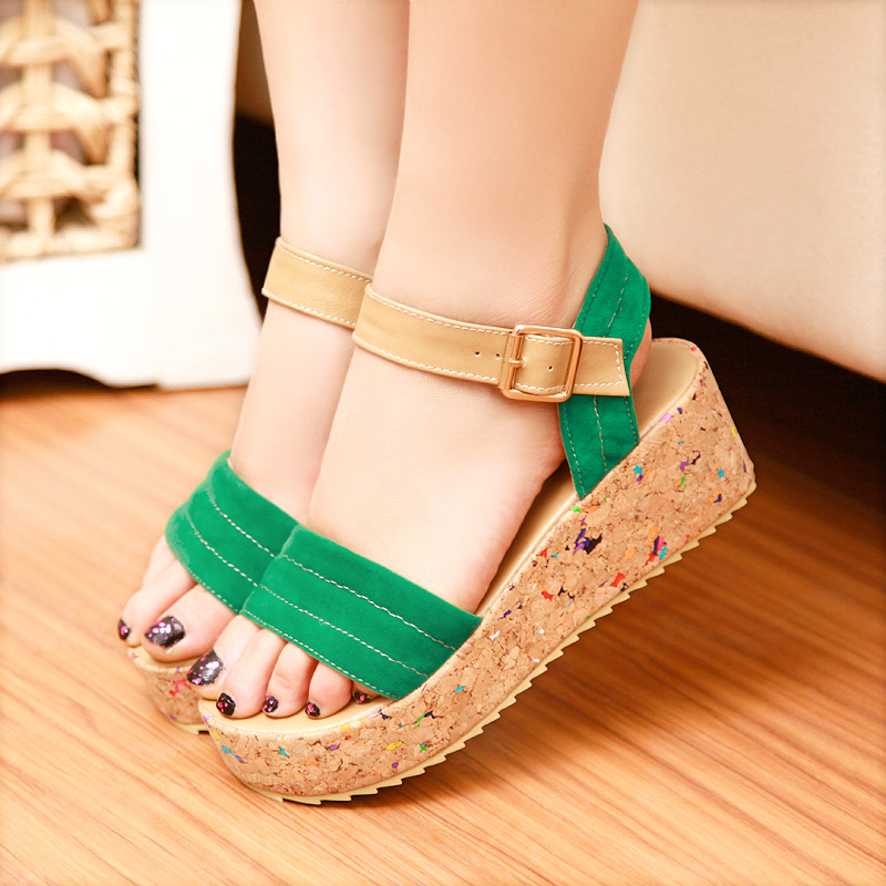 Free shipping 2013 casual shoes platform wedges sandals comfortable with the women&#39;s shoes fresh hasp(China (Mainland))