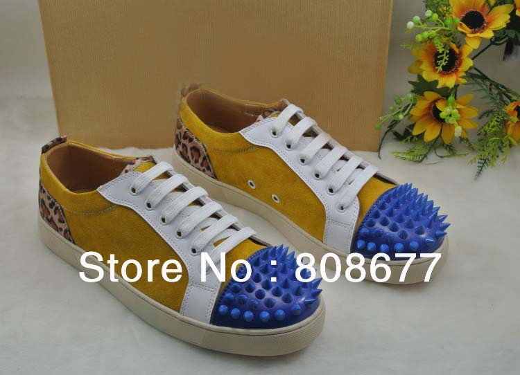 Newest Styles Suede Leather Discount British Style Men Fashion Street Spikes Studs Flats Shoes Red Bottom Loafers(China (Mainland))