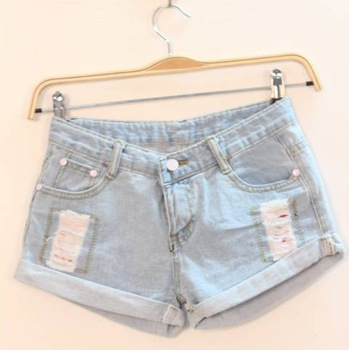 NEW ARRIVAL 2013 summer women's m5100 casual all-match light blue roll-up hem denim shorts hole shorts  FREESHIPPING