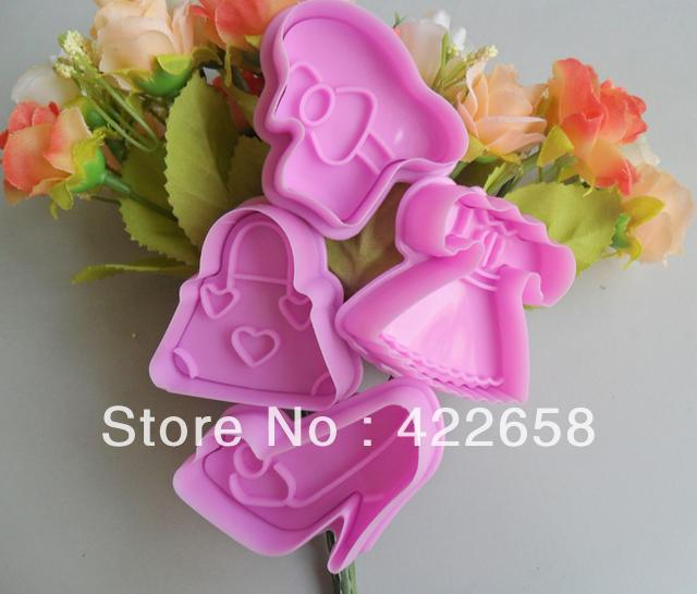 Free shipping 4 PCS High-heeled shoes shaped cookies machine plunger paste sugar craft decorating(China (Mainland))