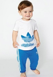 Kids 2pcs outfits Boys & Girls Tshirt + pants 2pcs set size 80 90 100 110 120CM(China (Mainland))