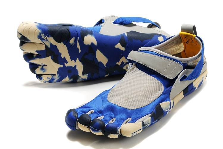 Free Shipping climbing, hiking toes shoes men's shoes Sports shoes(China (Mainland))