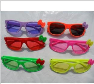 Free shipping! wholesale 2013 most popular children/kids mix colors hello kitty glasses 10pcs/lot(China (Mainland))